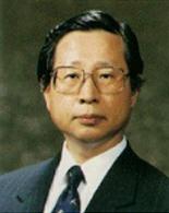 주남철 교수
